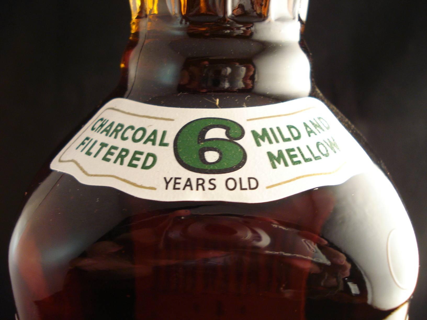 It is a picture of Breathtaking Heaven Hill Green Label Review