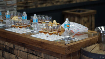 2016 BussClub Four Roses 001